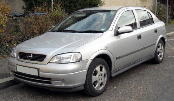 Комфорт Opel Astra J и особенности обслуживания Kia Clarus