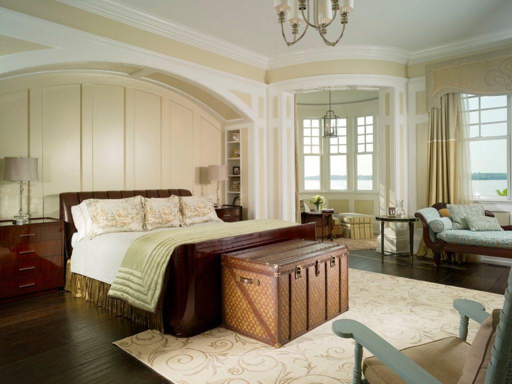 Кровати для классического интерьера