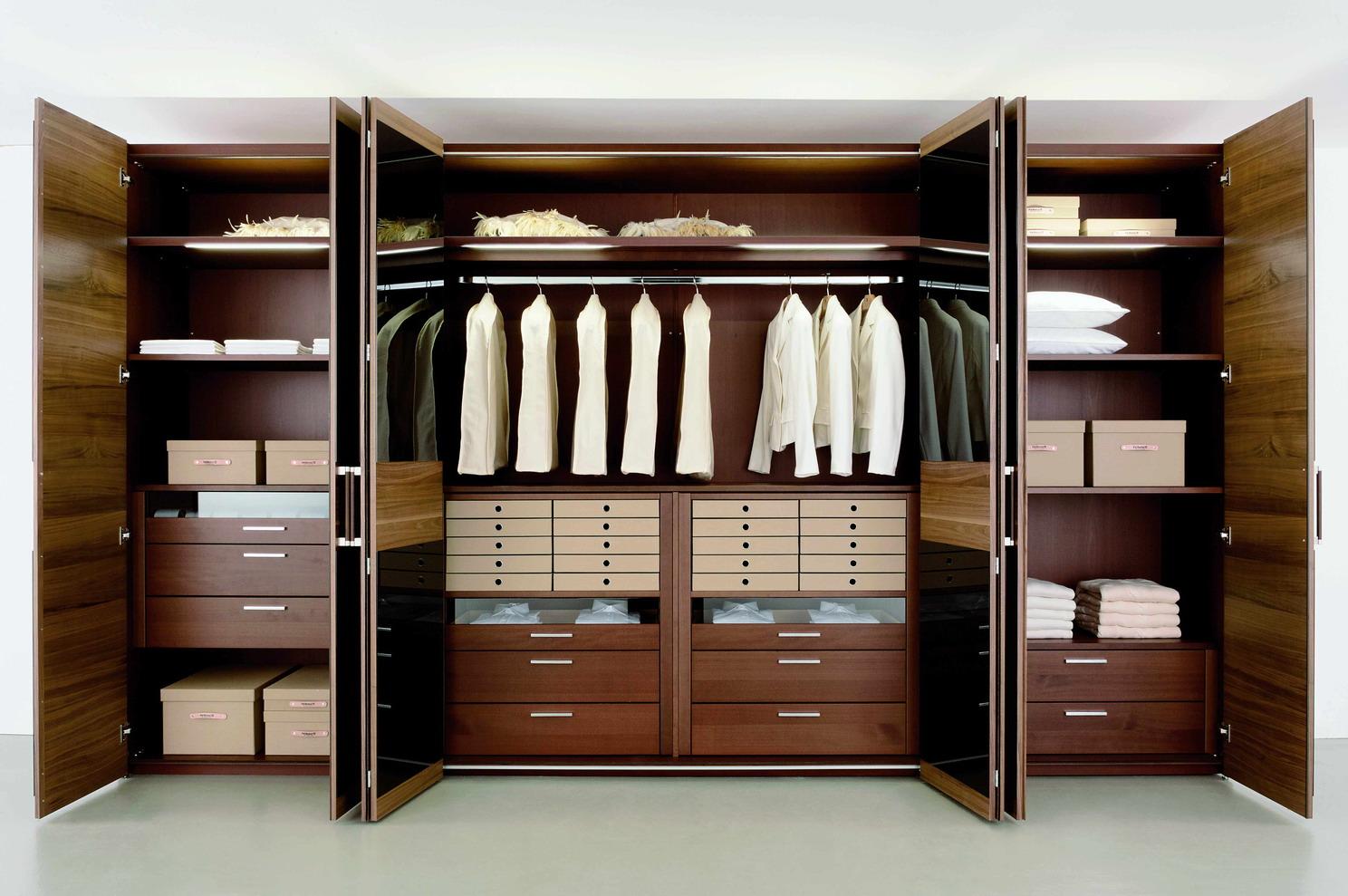 Удобная мебель – гардеробное купе